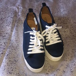 Platform tennis shoes size 6 1/2